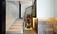 Mukashi Mukashi Up Stairs | Middle Hirafu