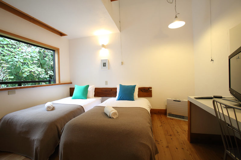 Momiji Hakuba Twin Bedroom | Hakuba Village
