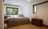 Momiji Hakuba Bedroom with Wooden Floor | Hakuba Village