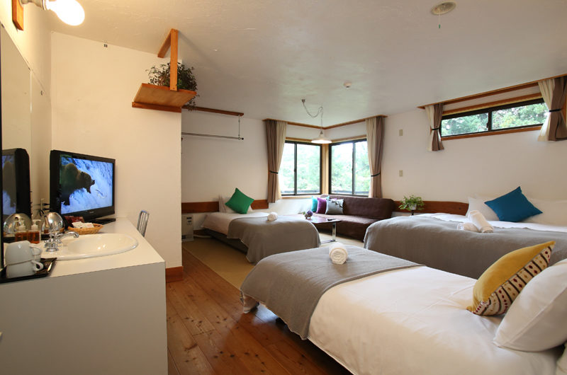Momiji Hakuba Bedroom with Three Beds | Hakuba Village