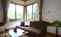 Momiji Hakuba Triple Bedroom Lounge Area | Hakuba Village