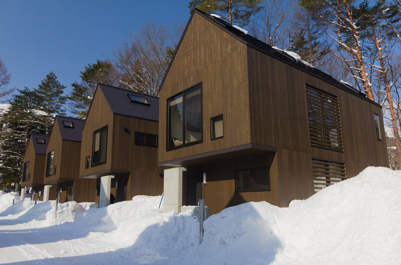 Gakuto Villas Outdoor View with Snow | Hakuba Valley