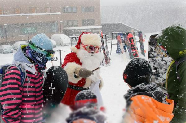 Niseko Christmas New Years 17-600
