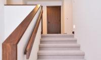 Kokoro Up Stairs | East Hirafu