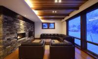 Kokoro Living Area with Wooden Floor | East Hirafu