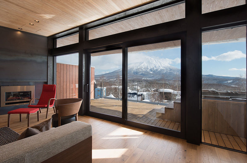 Kazahana Balcony View with Mountain View | Middle Hirafux
