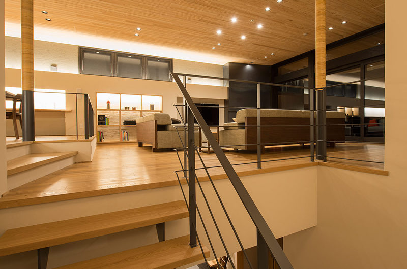 Kazahana Up Stairs Living Area | Middle Hirafux