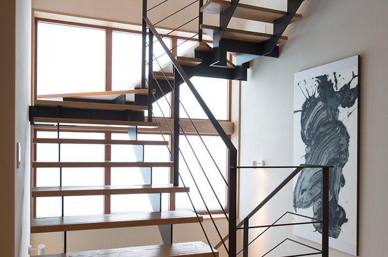 Kazahana Up Stairs | Middle Hirafux