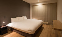 Kazahana Bedroom with Study Table | Middle Hirafux