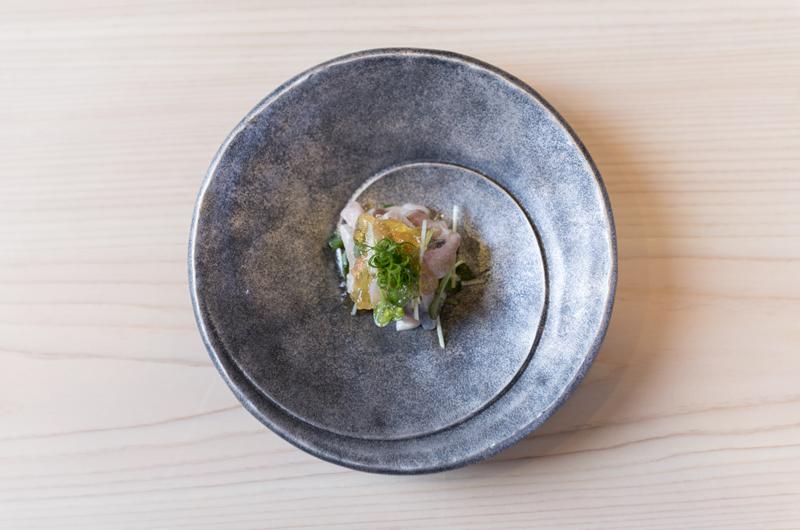 niseko-restaurant-sushi-shin-07-food
