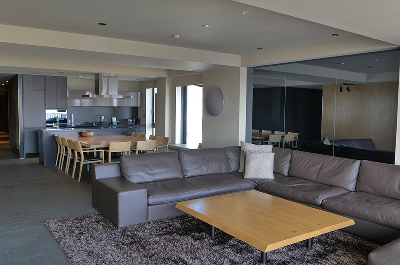 Muse Niseko Living and Dining Area | Middle Hirafu