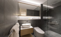 Skye Niseko Four Bedroom Suite Bathroom | Upper Hirafu Village