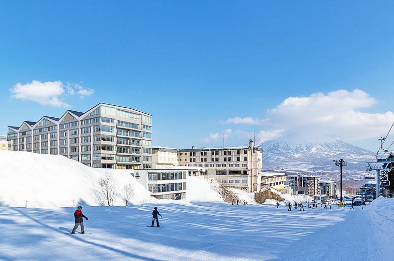 The Maples Niseko Outdoor Area with Snow | Upper Hirafu