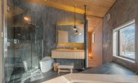 Foxwood En-Suite Bathroom with Shower | Higashiyama