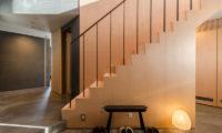 Foxwood Up Stairs | Higashiyama