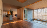 Hideaway on Escarpment Bath and Kitchen | Lower Hirafu