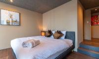 Hideaway on Escarpment Bedroom One | Lower Hirafu
