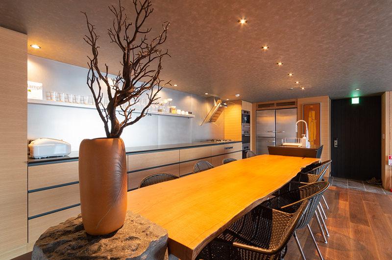 Hideaway on Escarpment Kitchen | Lower Hirafu