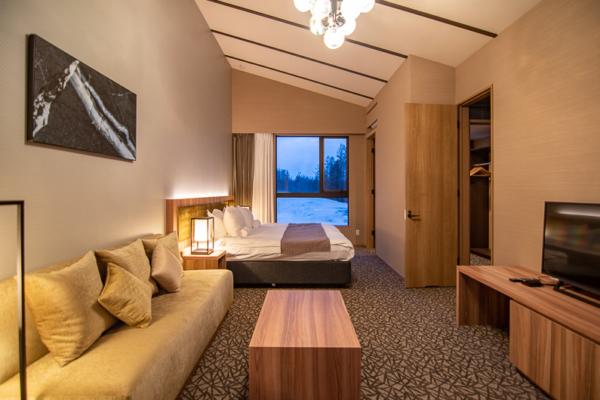 Panorama Niseko Spacious Bedroom with Sofa | East Hirafu
