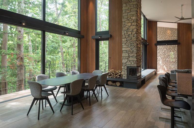 Villa El Cielo Dining Area with View | Upper Wadano