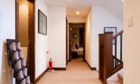 Ezorisu Corridor | East Hirafu