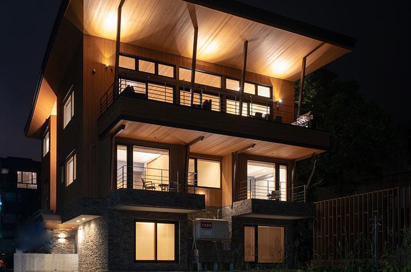 Soseki Exterior at Night | Lower Hirafu