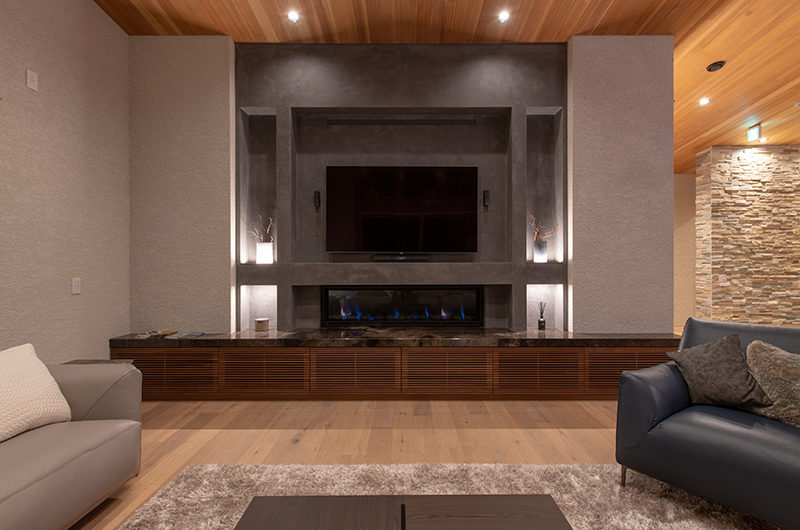 Soseki Living Area near Fireplace | Lower Hirafu
