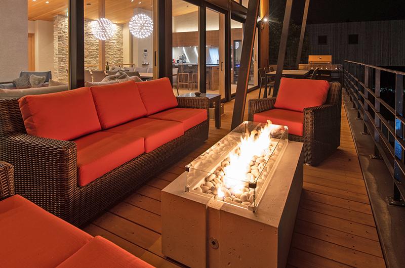 Soseki Open Plan Lounge Area | Lower Hirafu