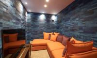 Kitsune House TV Room | Lower Hirafu