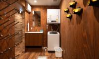 Kitsune House Laundry Room | Lower Hirafu
