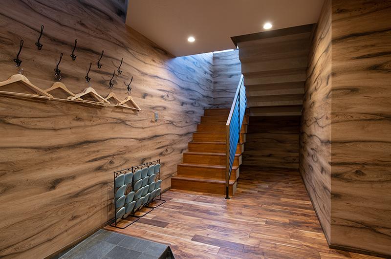 Kitsune House Up Stairs Area | Lower Hirafu