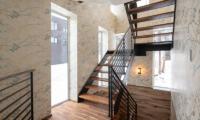 Kitsune House Up Stairs | Lower Hirafu