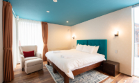 Kitsune House Bedroom with Seating Area | Lower Hirafu