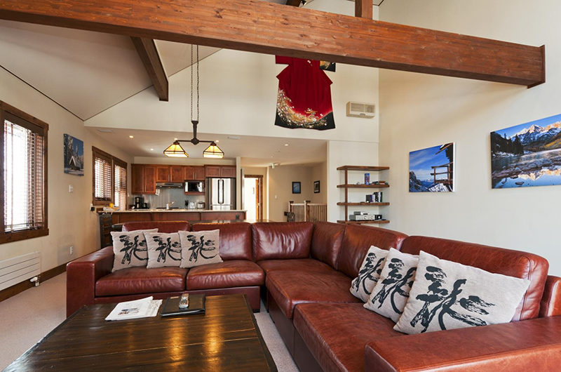 Ishi Couloir C Living Area with Cushions | East Hirafu