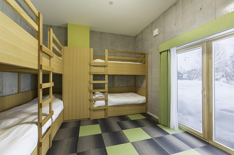 Mizunara Bunk Beds with View | Lower Hirafu