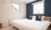 Roku King Size Bed | West Hirafu