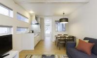 Sei Sei 2 Living, Kitchen and Dining Area   Lower Hirafu