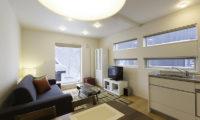 Sei Sei 2 Living Area with TV   Lower Hirafu