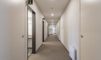Tsumugi Lodge Corridor | West Hirafu