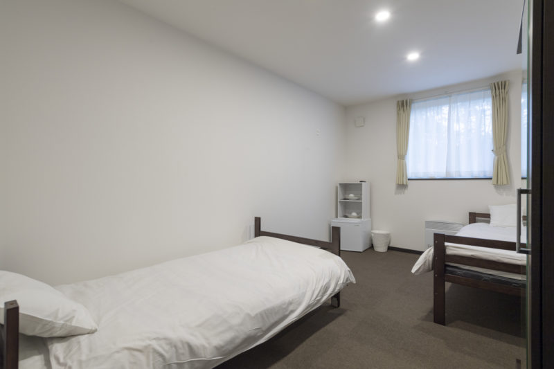 Tsumugi Lodge Twin Bedroom | West Hirafu