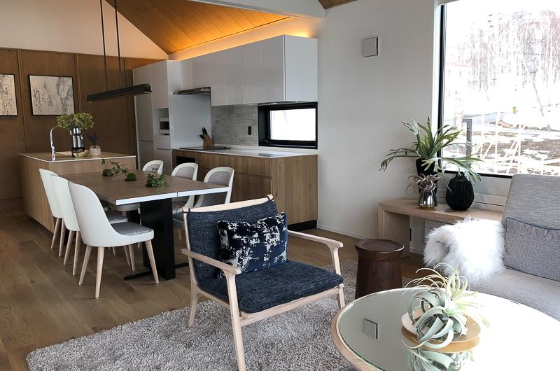 Koa Niseko Living, Kitchen and Dining Area | Higashiyama