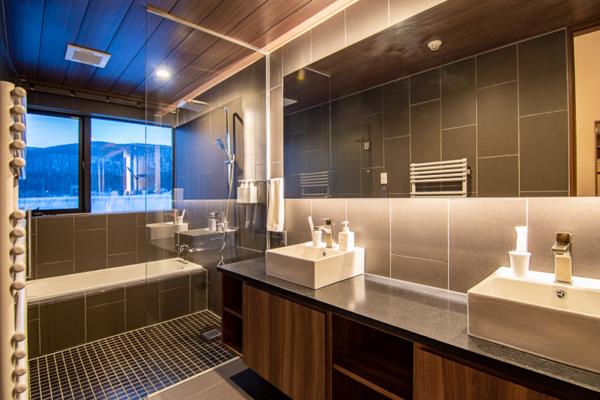 Panorama Niseko His and Hers Bathroom with Bathtub | East Hirafu