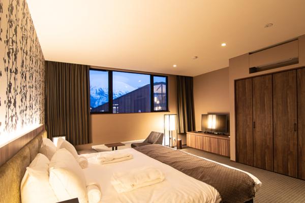 Panorama Niseko Bedroom with TV | East Hirafu