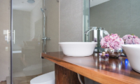 Chalet Hakuba Bathroom with Shower   Upper Wadano