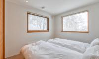 Hokkaidaway Twin Bedroom with View | West Hirafu