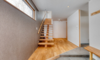 Hokkaidaway Up Stairs | West Hirafu