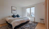 Silver Dream Bedroom with Window | West Hirafu