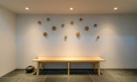 Silver Dream Seating Area | West Hirafu