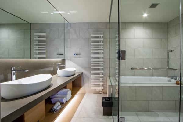 niseko-the-maples-bathroom