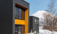 Snow Fox Outdoor Area with Mountain View | Lower Hirafu